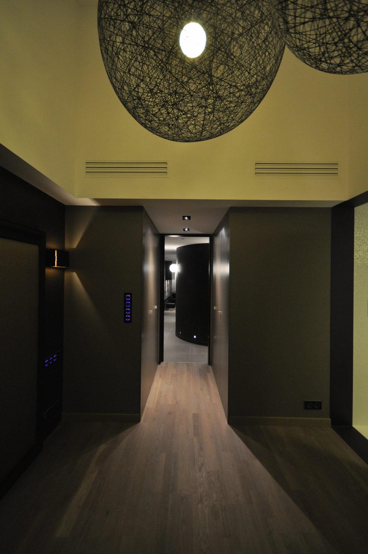 Luxury attic apartment in Paris from the MYSPACEPLANNER bureau 14
