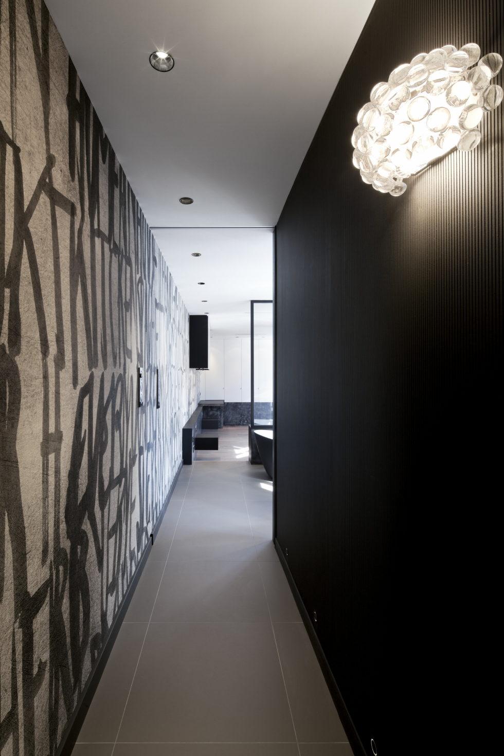 Luxury attic apartment in Paris from the MYSPACEPLANNER bureau 16