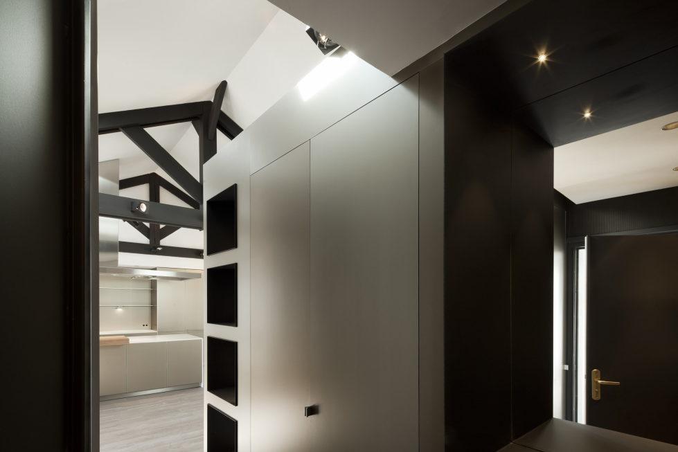 Luxury attic apartment in Paris from the MYSPACEPLANNER bureau 2