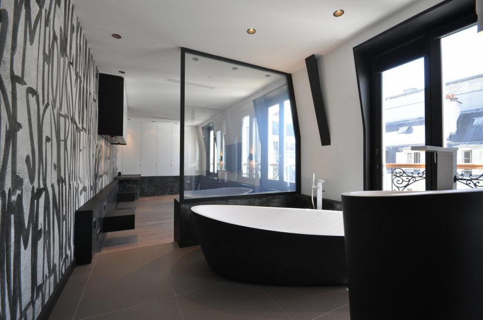 Luxury attic apartment in Paris from the MYSPACEPLANNER bureau 22