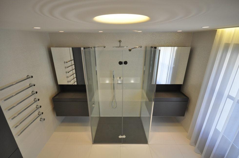 Luxury attic apartment in Paris from the MYSPACEPLANNER bureau 23