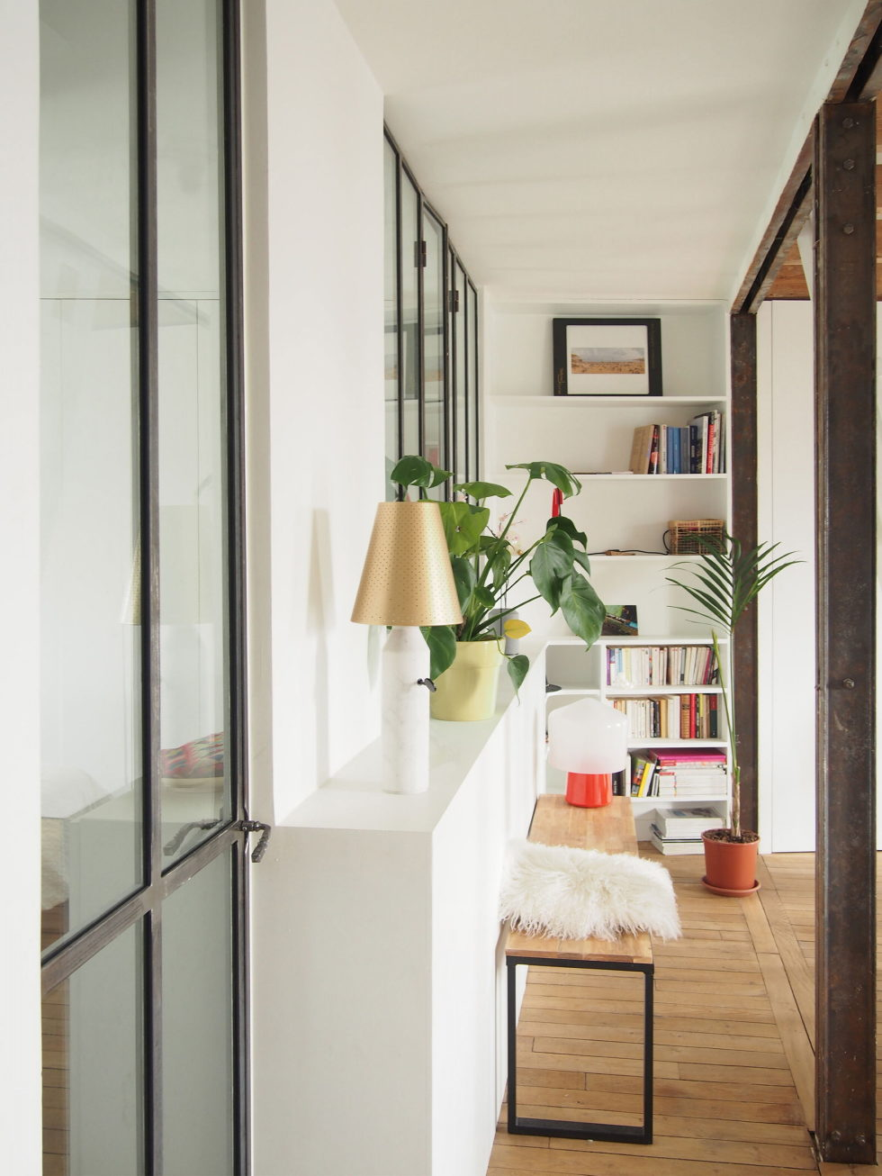 Modern Apartment Instead Of Attic Premises In Paris From Atelier DCCP Architectes 11