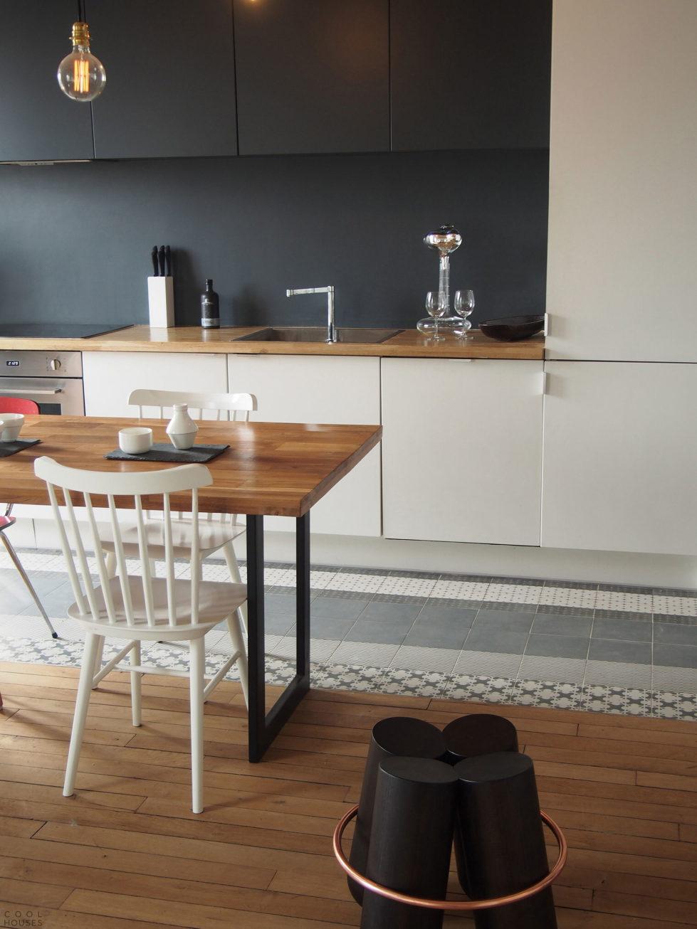 Modern Apartment Instead Of Attic Premises In Paris From Atelier DCCP Architectes 23