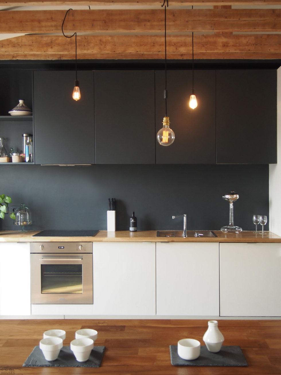 Modern Apartment Instead Of Attic Premises In Paris From Atelier DCCP Architectes 27