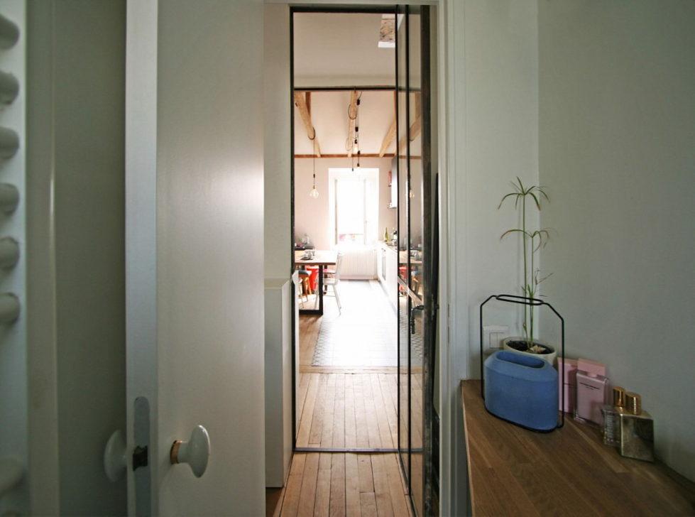 Modern Apartment Instead Of Attic Premises In Paris From Atelier DCCP Architectes 33
