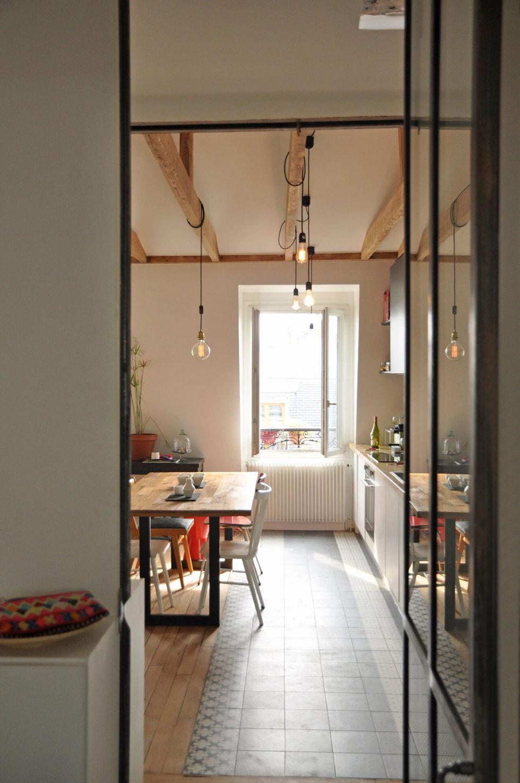 Modern Apartment Instead Of Attic Premises In Paris From Atelier DCCP Architectes 9