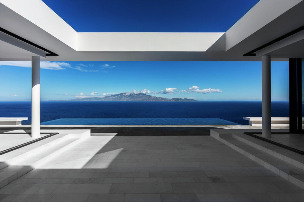 Silver House In Greece Upon The Project Of Dwek Architects Studio 12