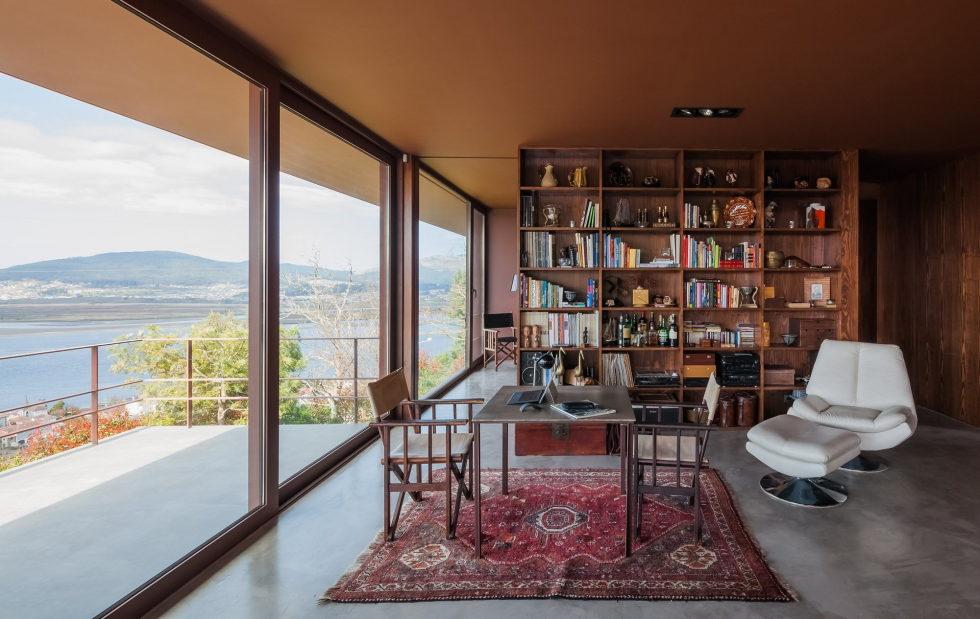 The country residence Casa de Seixas Portugal from Castro Calapez Arquitectos studio 12