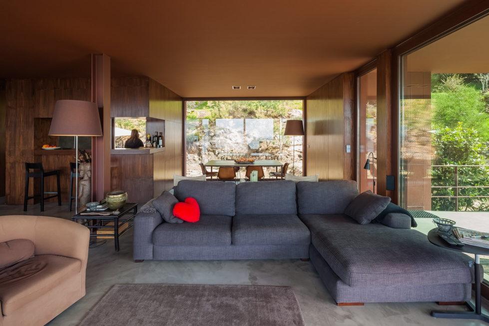 The country residence Casa de Seixas Portugal from Castro Calapez Arquitectos studio 15