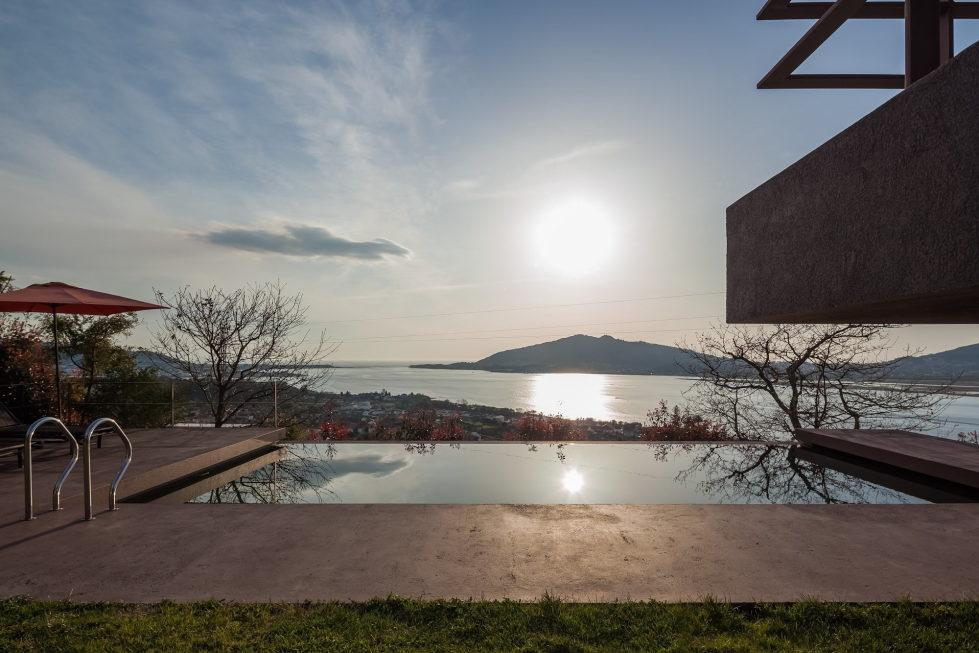 The country residence Casa de Seixas Portugal from Castro Calapez Arquitectos studio 38