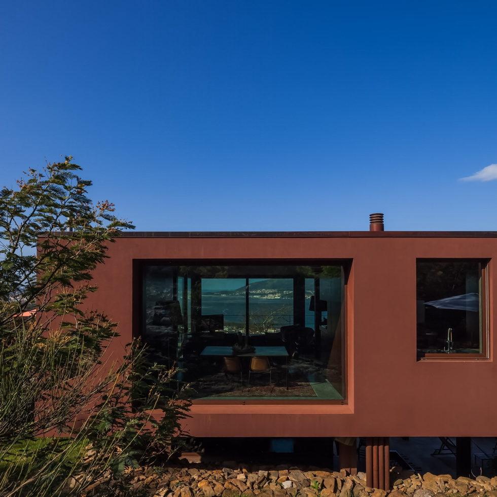 The country residence Casa de Seixas Portugal from Castro Calapez Arquitectos studio 6