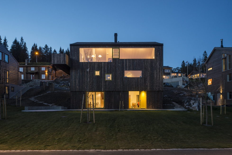 The house Linnebo overlooking Oslo by the project of Schjelderup Trondahl Arkitekter studio 21