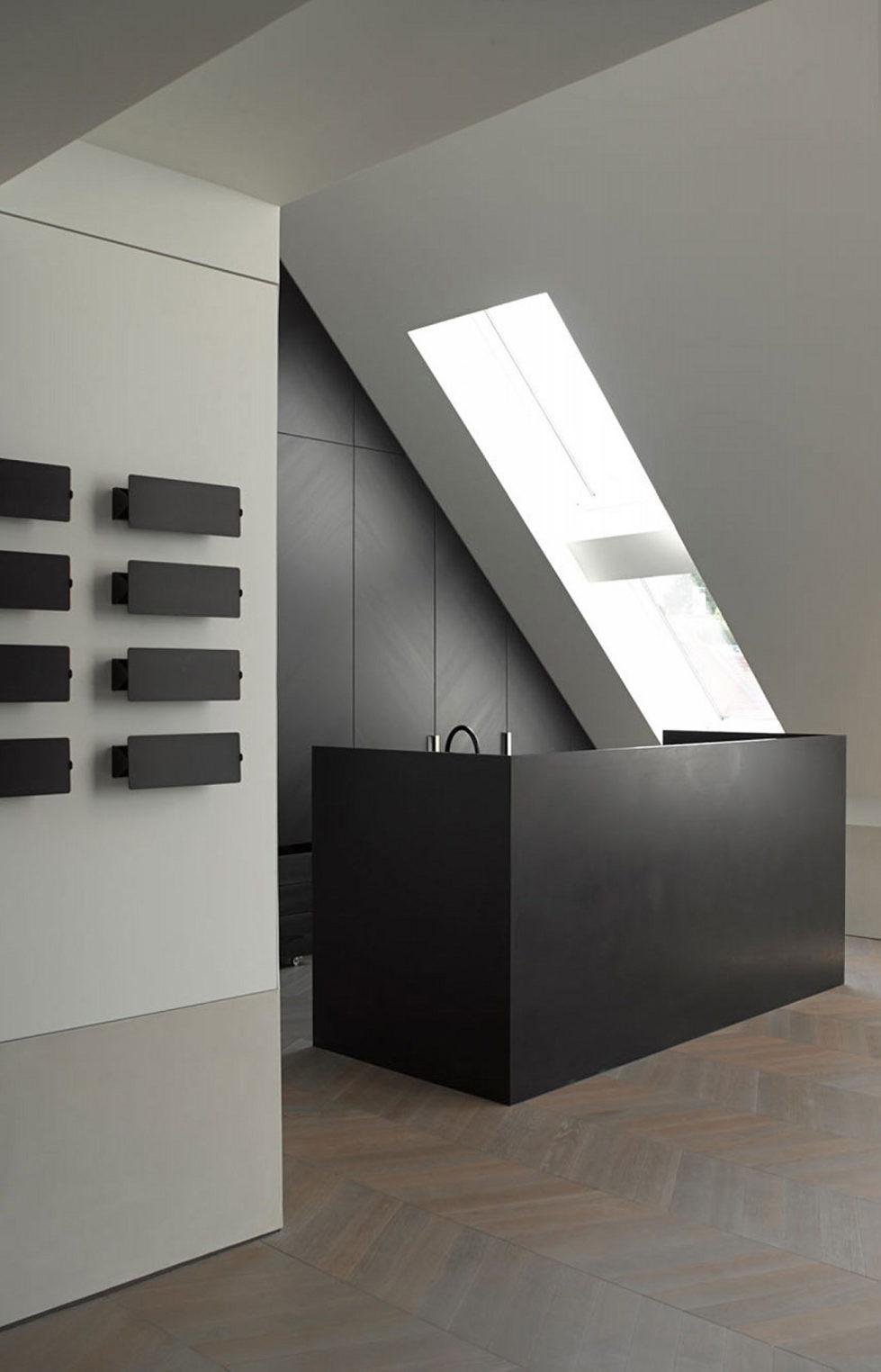 The mansard apartment in loft style in Vienna from Bernd Gruber studio 6