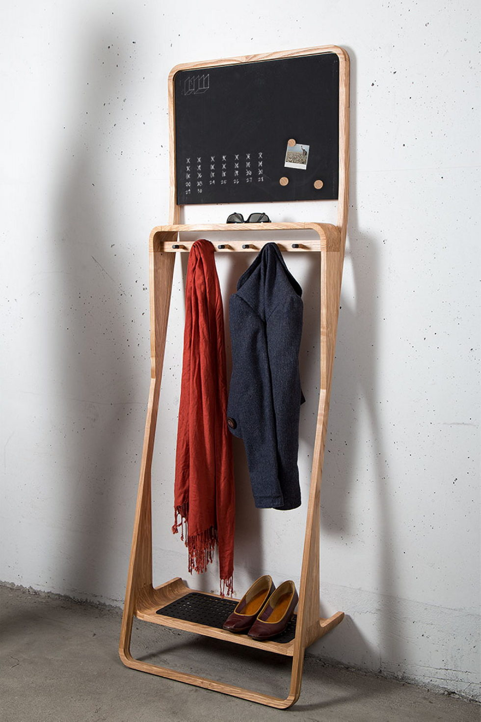 The organizer Leaning Loop for clothes, shoes and small things 1