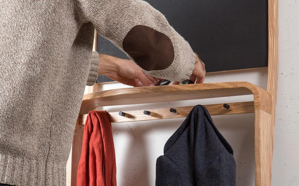 The organizer Leaning Loop for clothes, shoes and small things 6