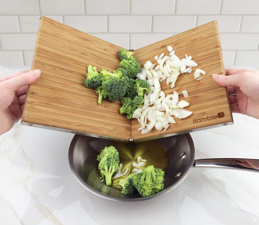 Bambleu A Fold-Out Cutting Board With Outstanding And Stylish Design 1