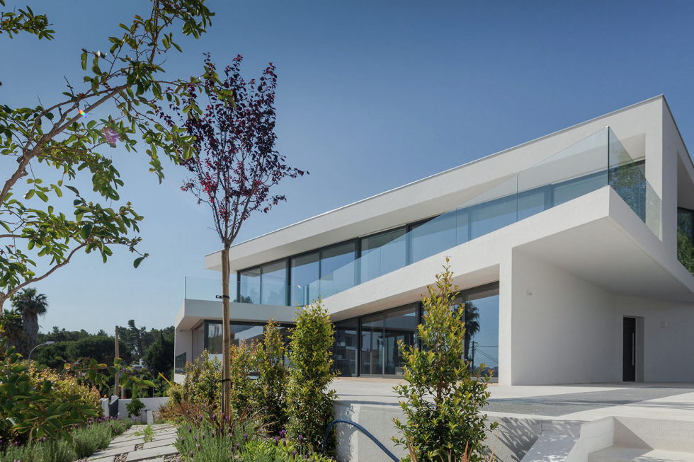 JC House Villa At The Suburb Of Lisbon, Portugal, Upon The Project Of JPS Atelier 1