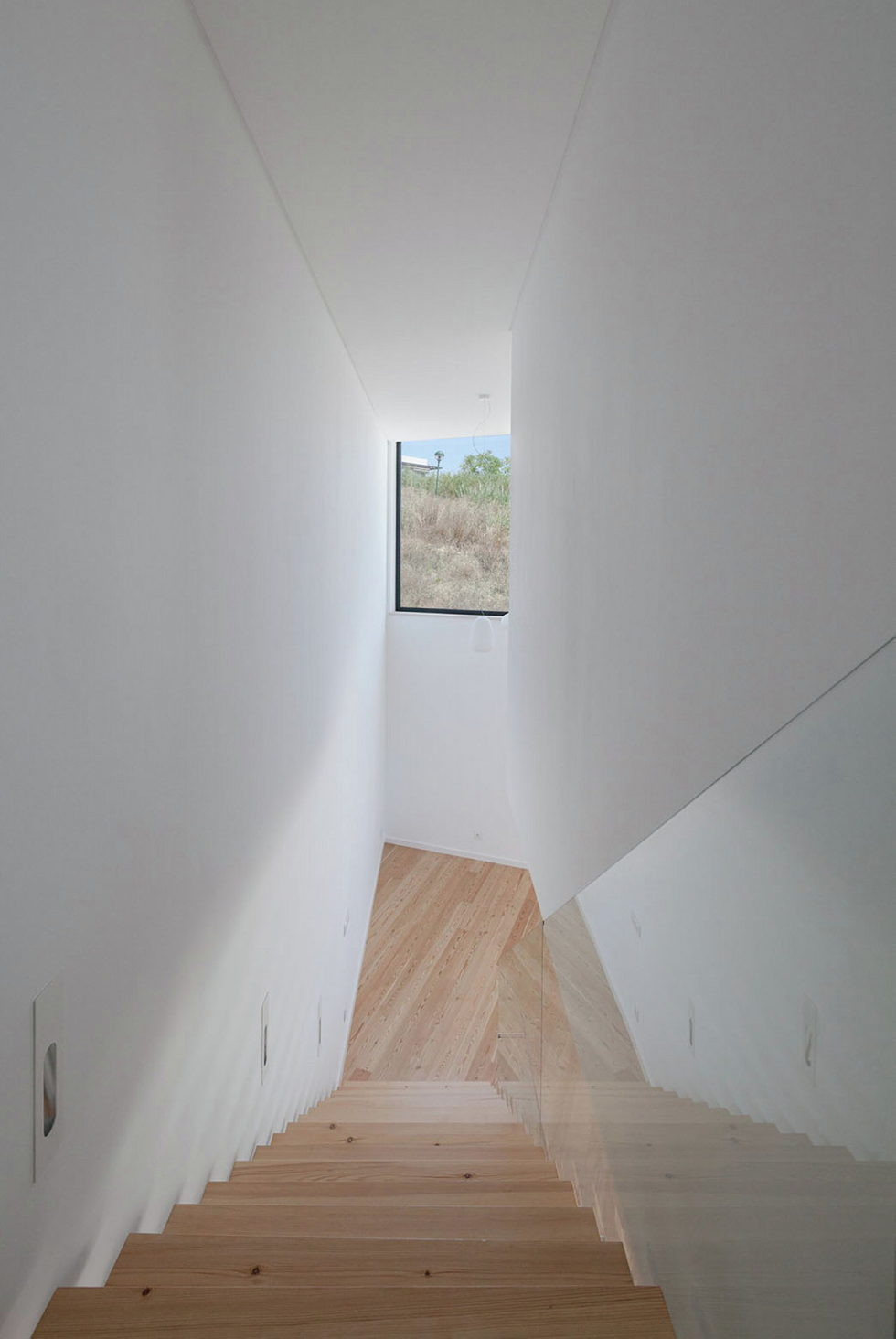 JC House Villa At The Suburb Of Lisbon, Portugal, Upon The Project Of JPS Atelier 16