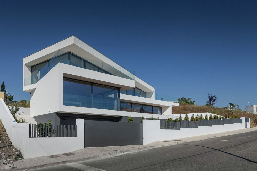 JC House Villa At The Suburb Of Lisbon, Portugal, Upon The Project Of JPS Atelier 6