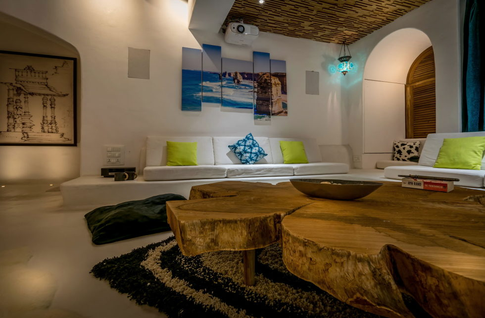 Jains Residence With Glamorous Design In Juhu The Project Of Skyward Architects 3