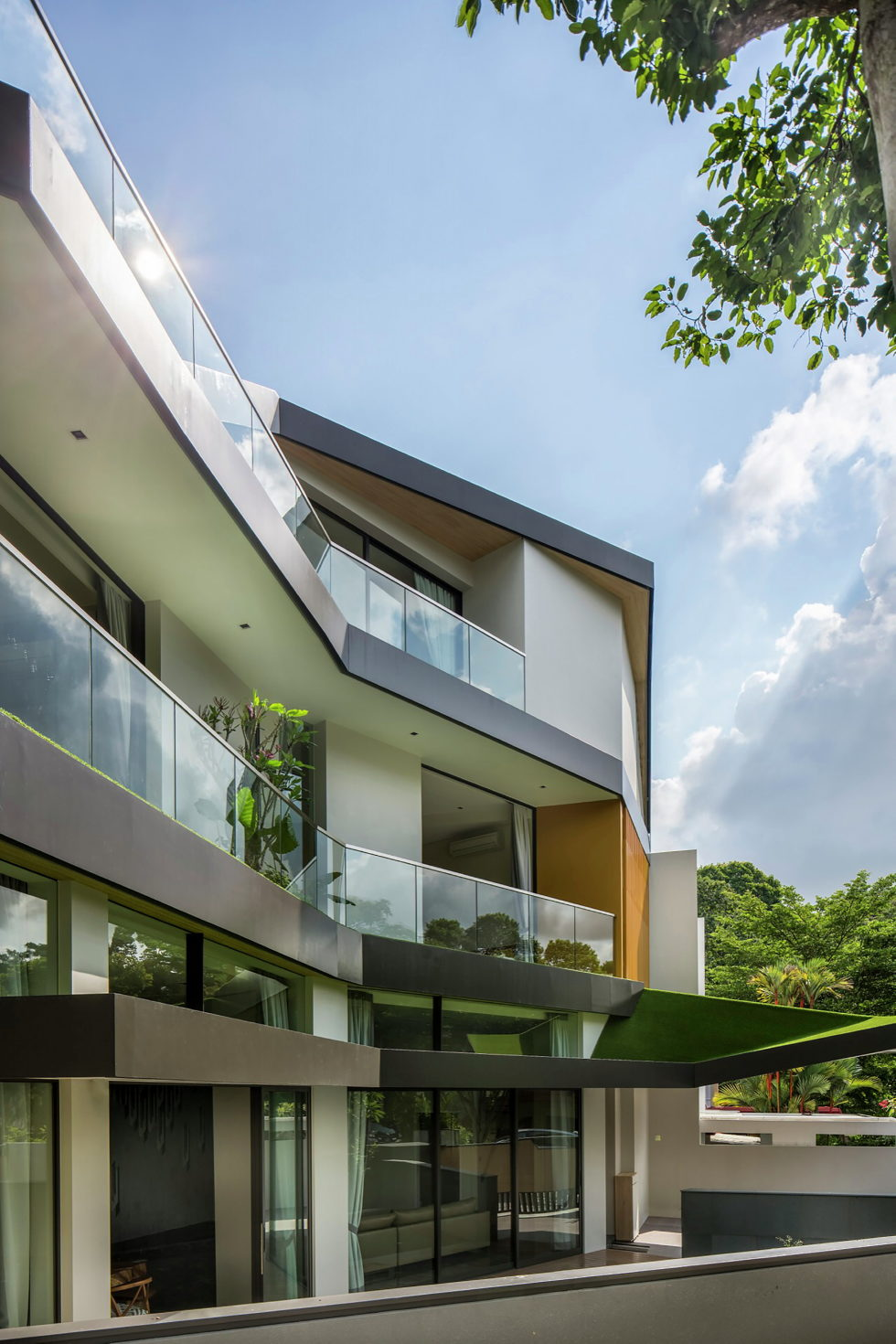 Luxurious Trevose House In Modern Style In Singapore 3