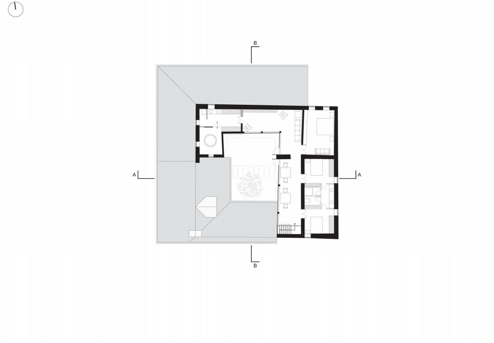 Shape Loma house in Cuenca by architect Ivan Andres Quizhpe – Plan 1