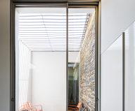 Camarim Arquitectos House in Gateira 15