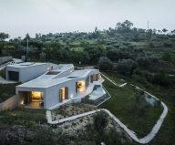 Camarim Arquitectos House in Gateira 3