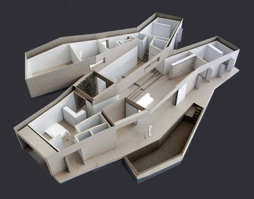 Camarim Arquitectos House in Gateira Plan 1