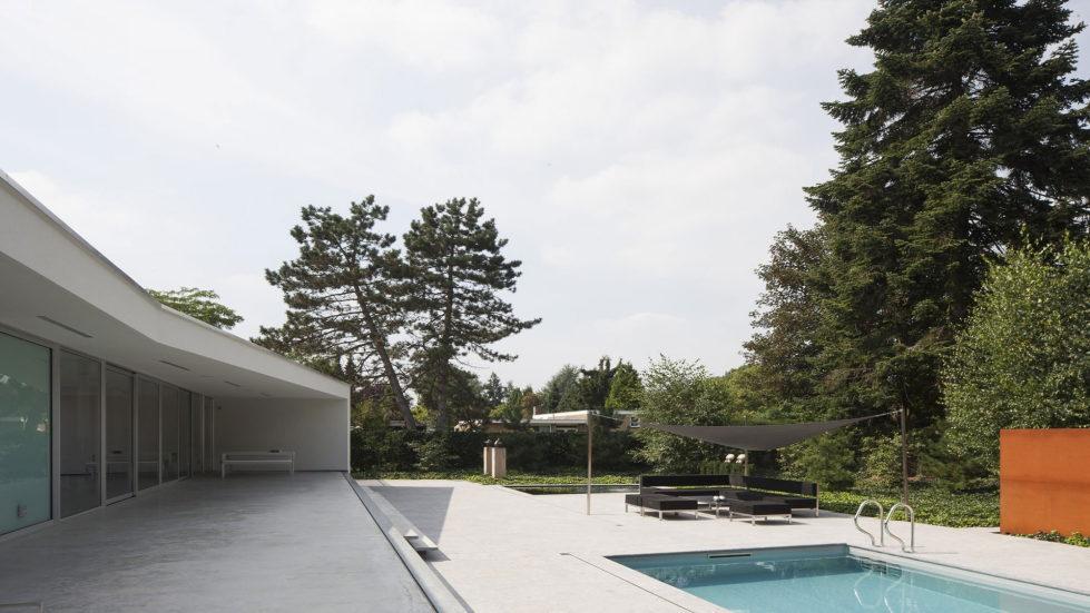 Spee Haelen Minimalism-Style Villa From Lab32 architecten Studio 10
