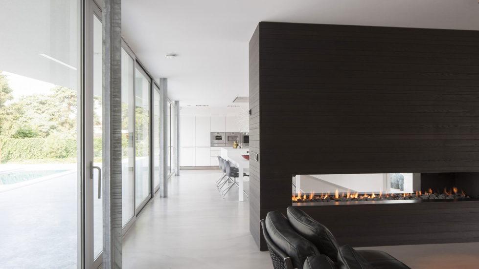 Spee Haelen Minimalism-Style Villa From Lab32 architecten Studio 18