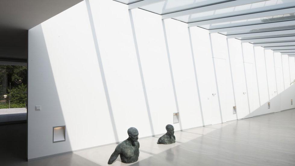 Spee Haelen Minimalism-Style Villa From Lab32 architecten Studio 28