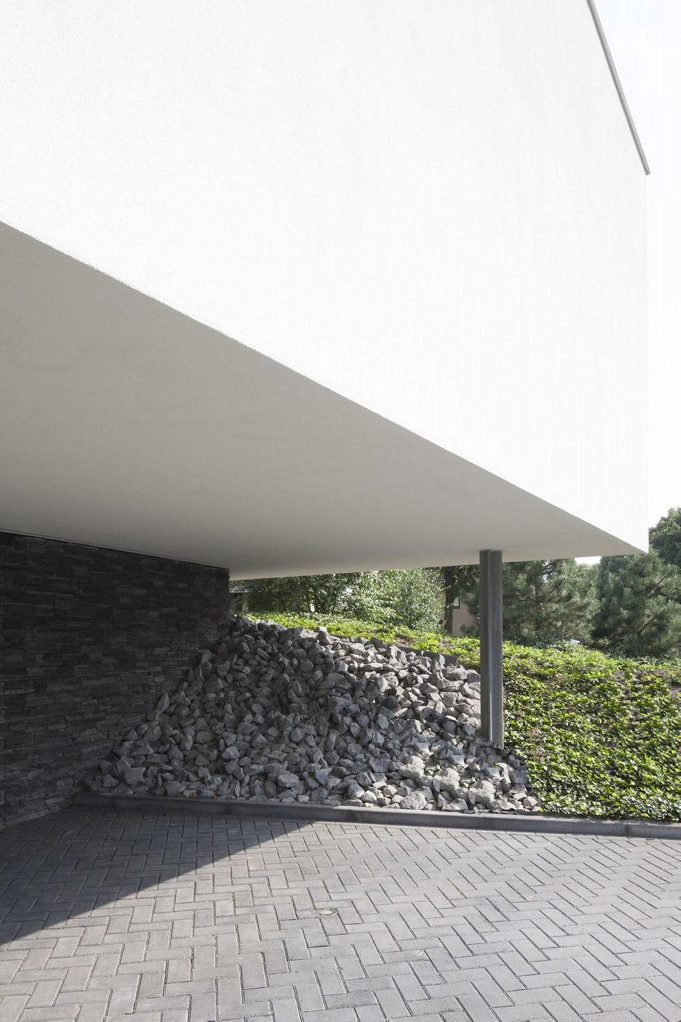 Spee Haelen Minimalism-Style Villa From Lab32 architecten Studio 8