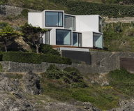 Sunflower House Luxurious Villa In Spain, The Project Of Cadaval & Sola-Morales Studio 3