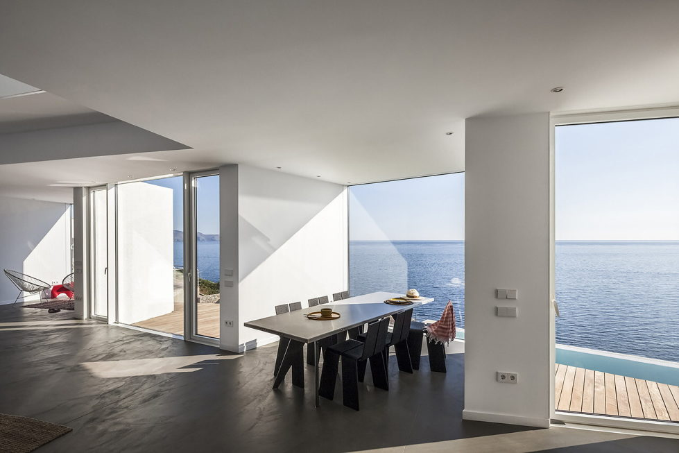 Sunflower House Luxurious Villa In Spain, The Project Of Cadaval & Sola-Morales Studio 8