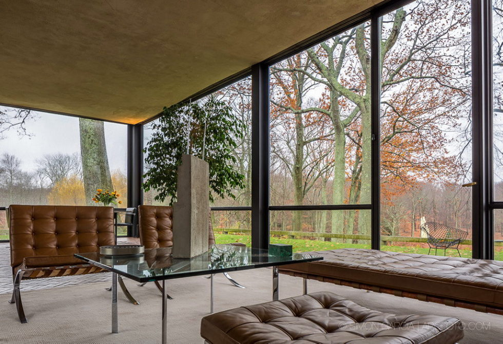 The Glass House in Connecticut 15