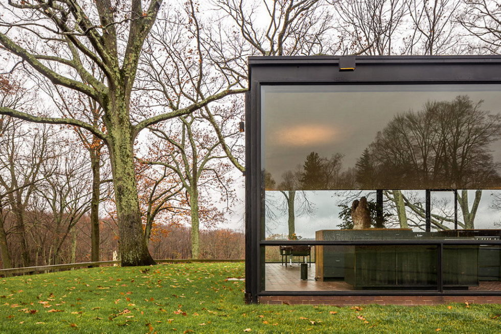 The Glass House in Connecticut 3