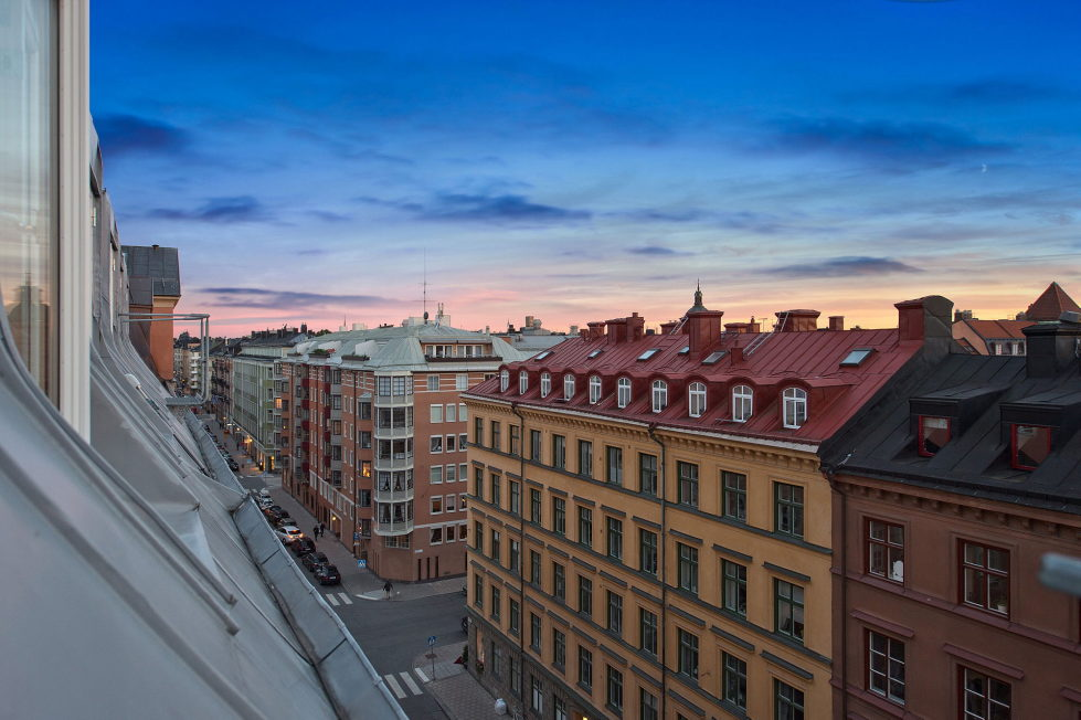 The apartment of 150 square meters in the attic in Stockholm 10