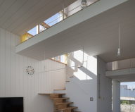 The family idyll in Japan from the Ihrmk studio 2