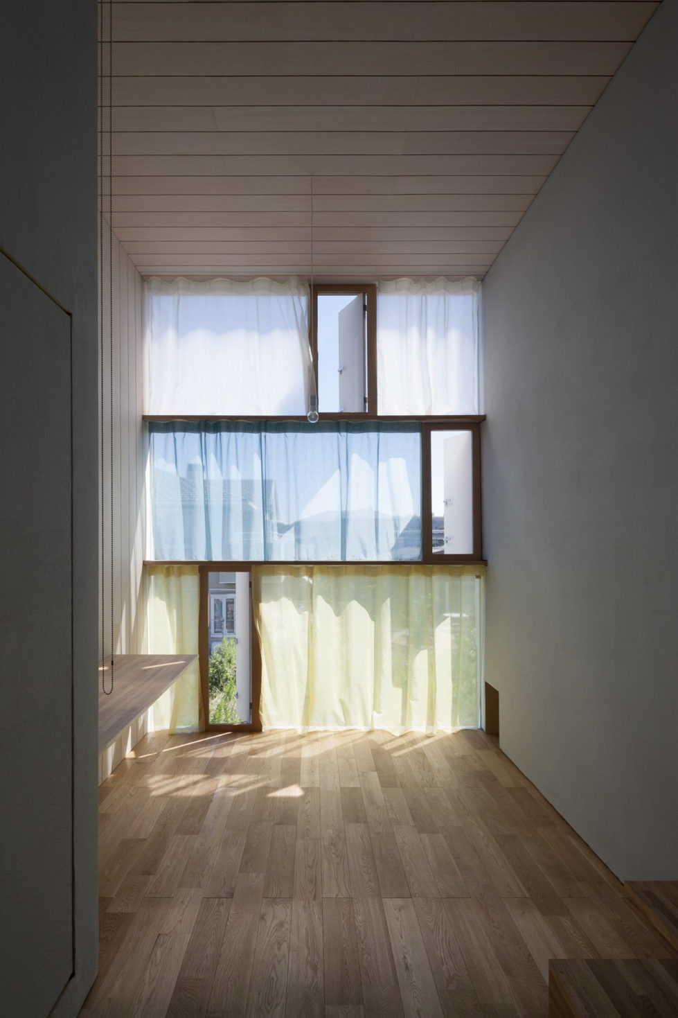 The family idyll in Japan from the Ihrmk studio 6