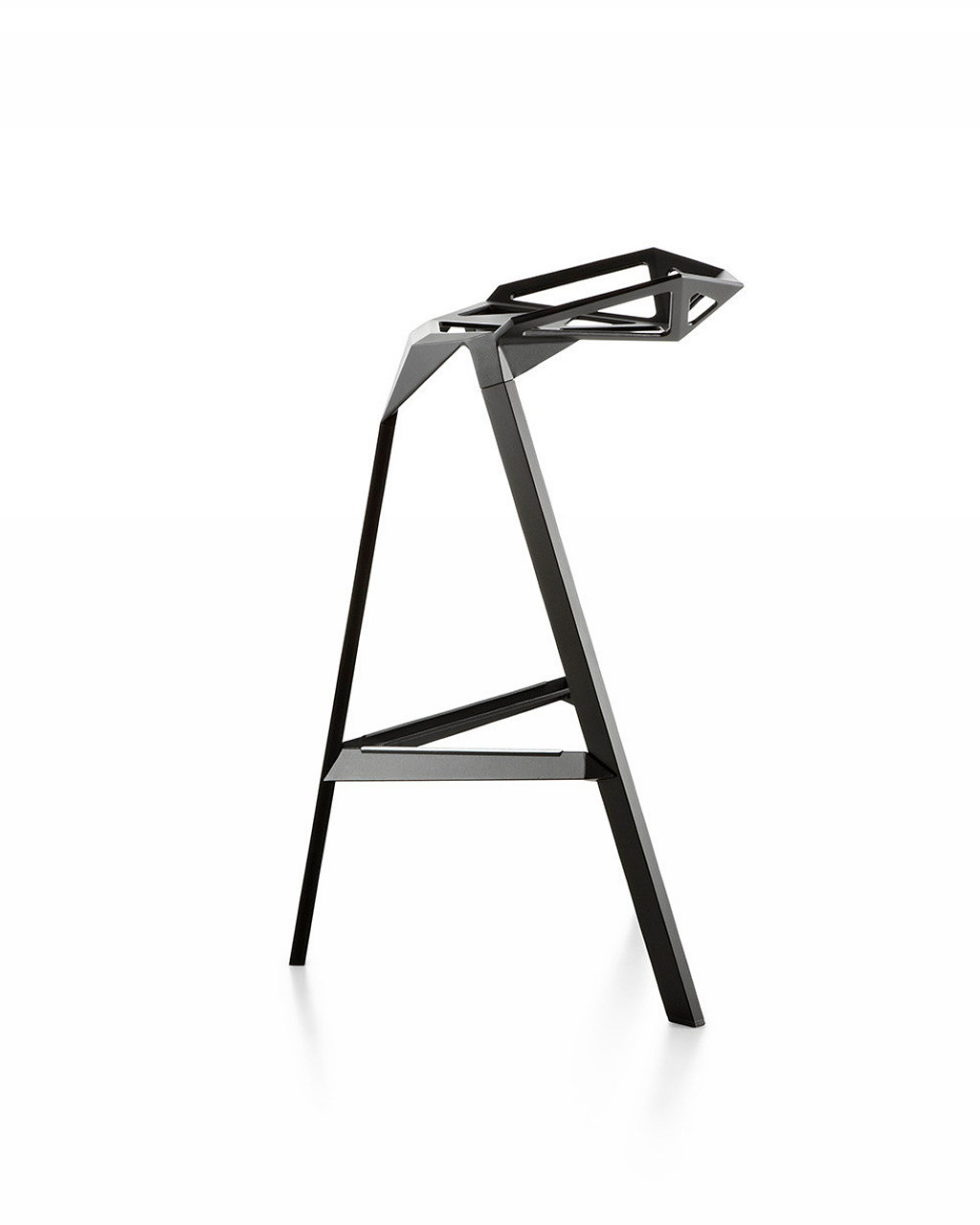Three-dimensional chairs Stool_One 4