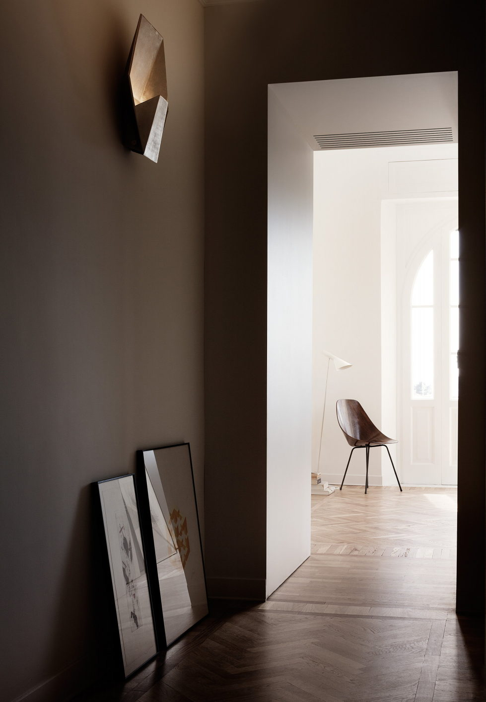 Casa Roma Minimalism And Plenty Of Light In Rome 13