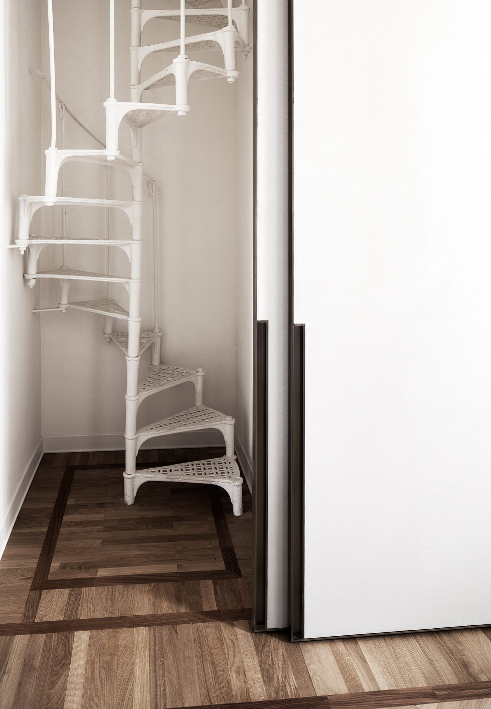Casa Roma Minimalism And Plenty Of Light In Rome 8