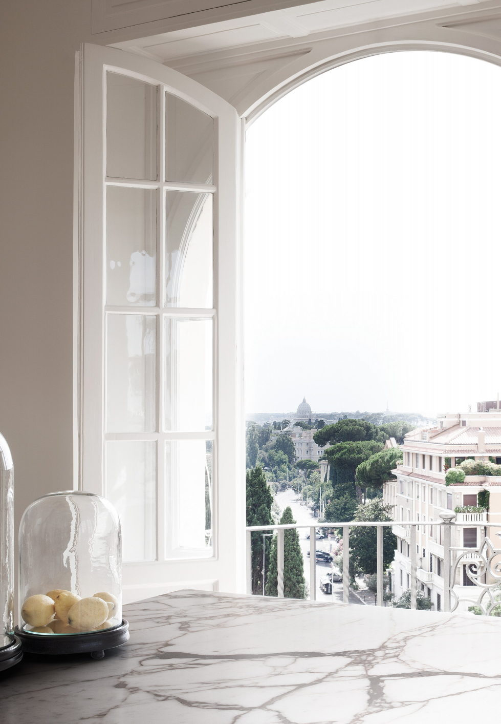 Casa Roma Minimalism And Plenty Of Light In Rome 9