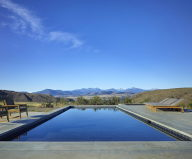 The Country House In The Picturesque Valley The Project Of Olson Kundig Studio 15
