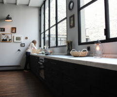 The apartment in Paris from studios Atelier BARDA and Antonio Virga Architecte 4