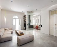 Three-bedroom apartment in Tel Aviv by Chiara Ferrari Studio 10