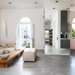 Three-bedroom apartment in Tel Aviv by Chiara Ferrari Studio 11