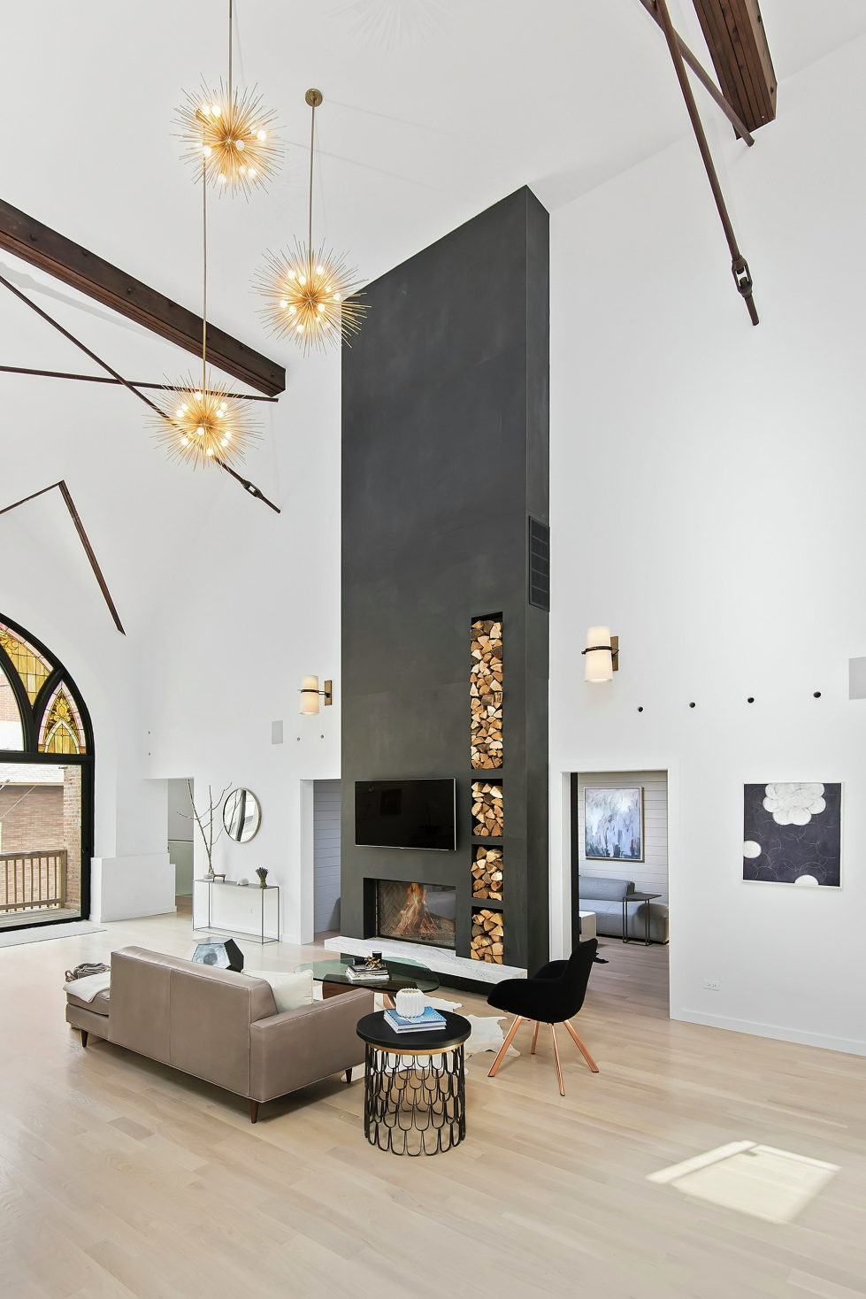 Conversion Of The Former Church Into The House In Chicago 2