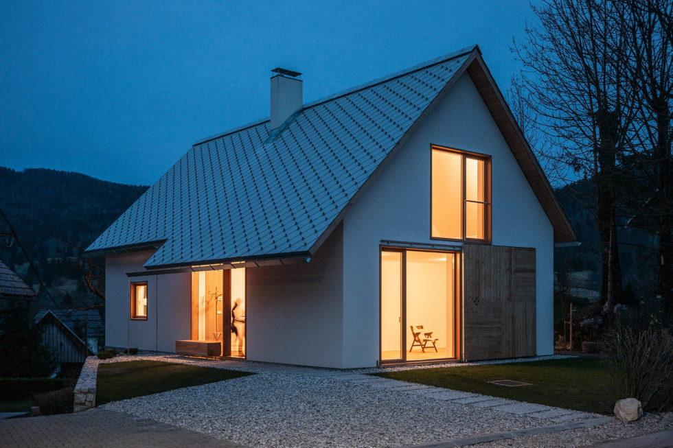 House in the Stara Fuzina village Upon The Project Of Skupaj Arhitekti 11